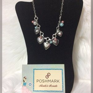 Paparazzi Necklace Pearls & Puffed Hearts